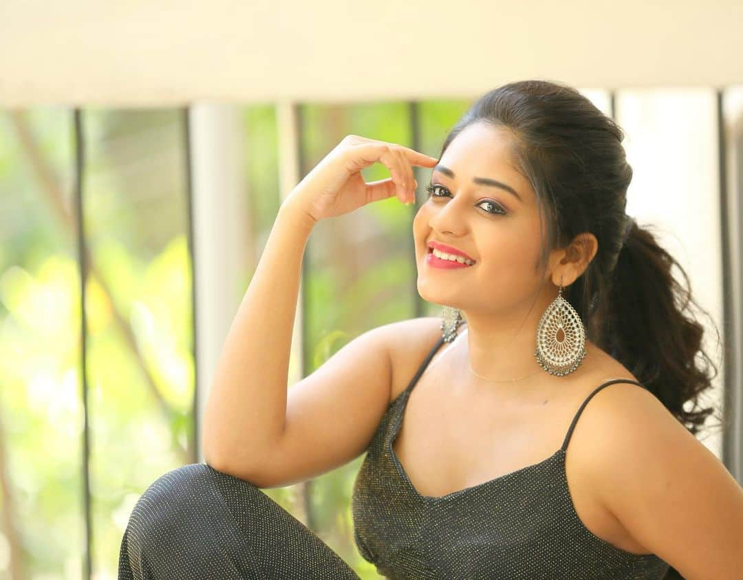 Deepa Umapathy Centha Tamil Movie Actress